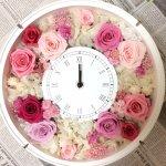 結婚式の両親への花束にプリザーブドフラワー 花時計の丸型が人気