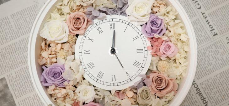 アンティークの時計が可愛い!ご両親へのプレゼントに作られました