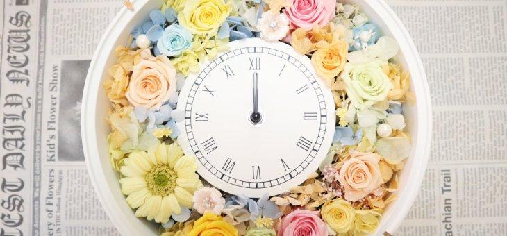 お花の習い事!淡い色調で素敵な時計を作られました