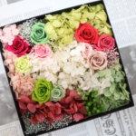 ウェルカムボックスを手作りで!色鮮やかな作品を作られました!
